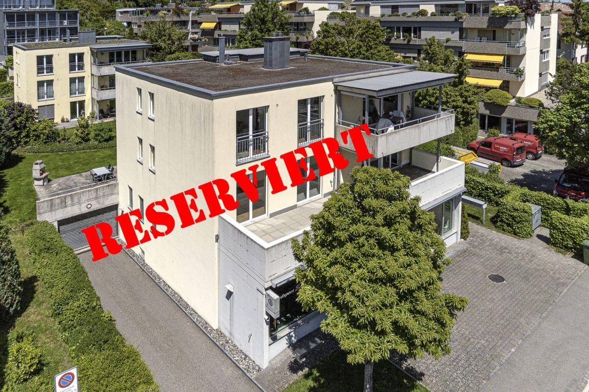 Sonnige 4½-Zimmer-Wohnung mit grosser Terrasse in 3-Familienhaus auf der beliebten BREITE!