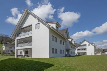 Moderne 2½-Zimmer-Dach-Wohnung in Bibern, 8242 Bibern SH, Dachgeschosswohnung